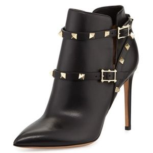 NWT Valentino Rockstud Pointy Toe Leather Bootie
